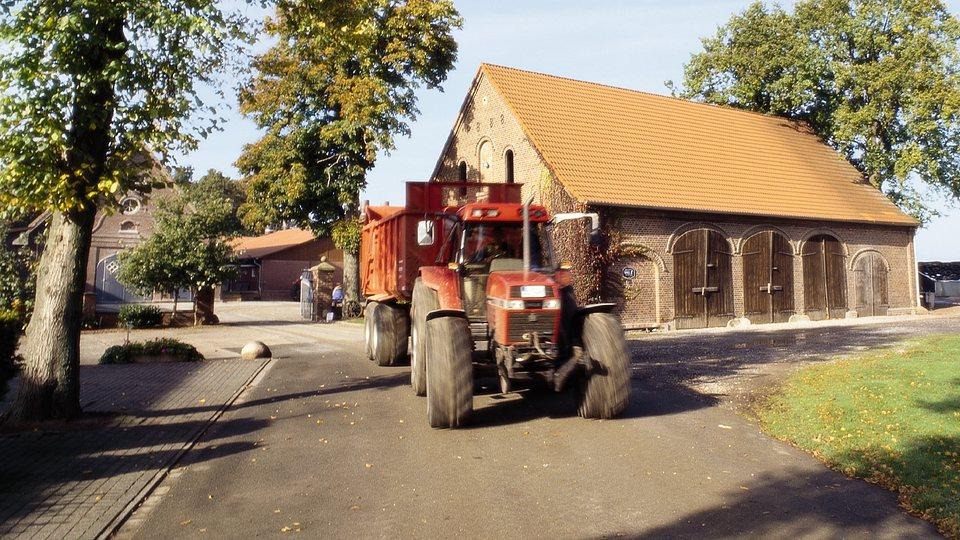 Landwirtschatliche Gebäude- und Inventarversicherung