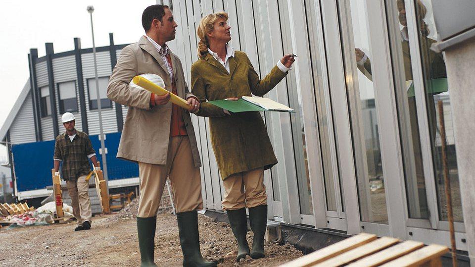 Gewerbliche Gebäudeversicherung und Inventarversicherung im Überblick