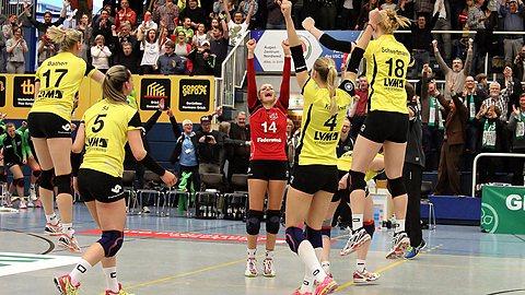 LVM als Förderer im Volleyballsport: 1. Frauenmannschaft des USC Münster