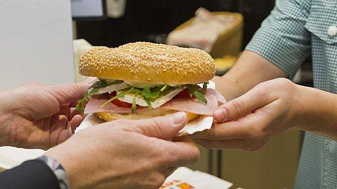 LVM als Arbeitgeber: Das Betriebsrestaurant und die Cafeteria werden von den Mitarbeitern gern besucht.