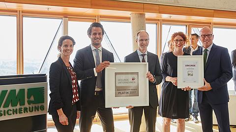 Arbeitgeber: Auszeichnung in Platin Deutschlands aktivste Unternehmen 2017